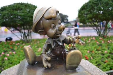 Pinocchio statue at Magic Kingdom